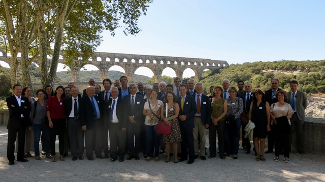 Photo de groupe des participants de EUWMA au pont du Gard